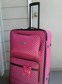 Brand New Pink Suitcase $55. Obo Euless, 76039