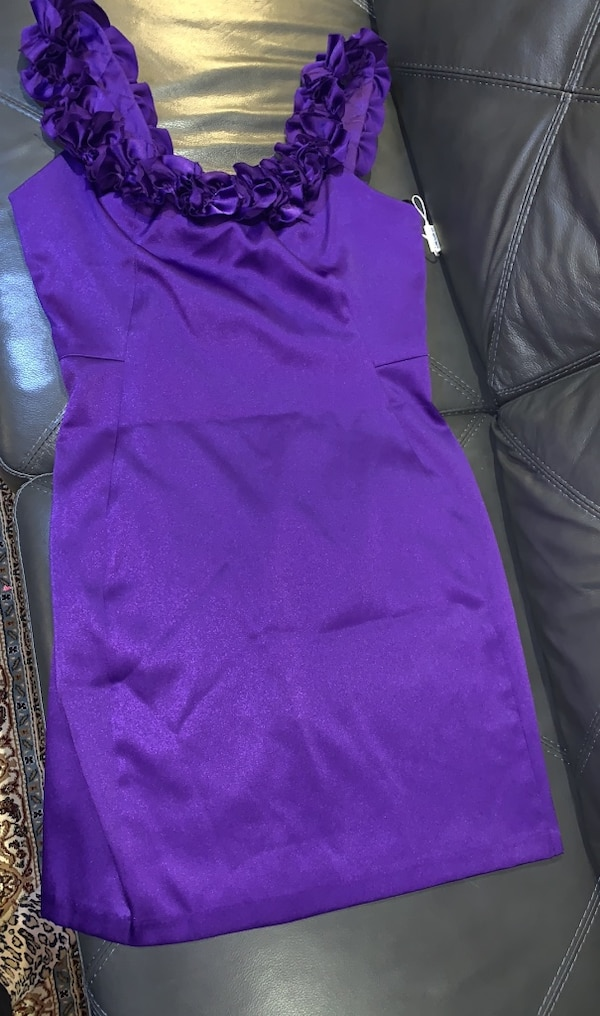 Purple dress size 14. 0dc78649-1a02-45e9-9fb1-cd3178df0b8a