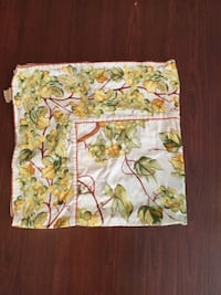 white and green floral textile Ruston, 71270