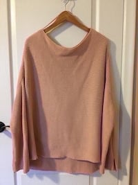 Zara sweater  color rose size M oversize  Toronto, M9M 2T1