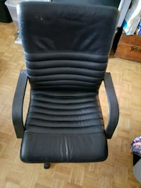Leather chair  549 km