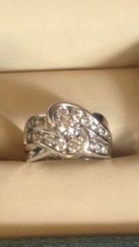 White Gold Engagement ring Special edition Calgary, T2B 1V4