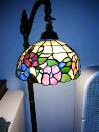 Antique standing Stained Glass Lamp Ames, 50014