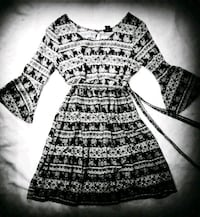black and white tribal print long-sleeved dress San Antonio, 78212