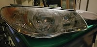 2007 Hyundai Elantra right side head light La Prairie, J5R 5M5