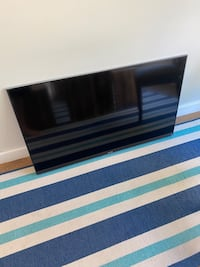 """Sony Bravia LED 50"""" - stuck in reboot cycle"""