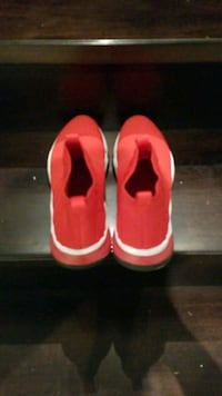 Red slip ons  Burnaby, V5J 2T3