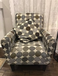 Accent Chair Mississauga, L5V 3B5
