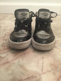 Ugg Australia sneakers size 9 toddler. They need to be cleaned Washington, 20002