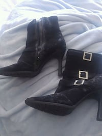 pair of black leather heeled boots Dartmouth, B2W 5Z9