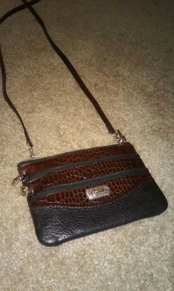 66142e038f5a Used Brighton Leather Purse for sale in Dallas