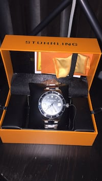 Brand new Watch - Stuhrling 552 km
