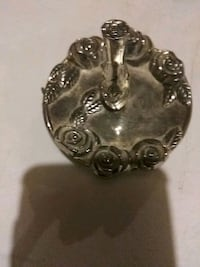 silver-colored skull pendant Louisville, 40208