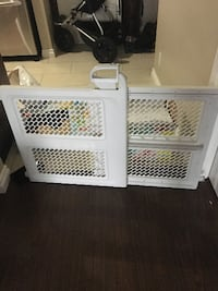 Safety 1st baby gate brand new