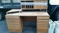 brown wooden single pedestal desk Gaithersburg, 20877