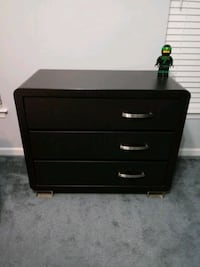 black wooden 3-drawer chest Northfield, 44067