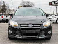 2014 ford focus se  with 121,596km and 100% approved financing Barrie