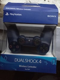 PS4 Controller (Lightly used) (Still with box) (Midnight Blue) Wilkes-Barre, 18702
