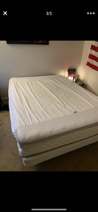 Full size mattress, frame, metal box spring  Alexandria, 22309