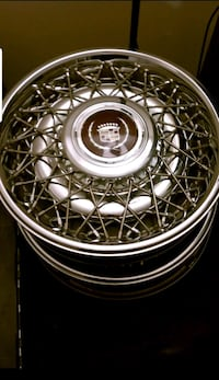 Cadillac Wheel Covers Damascus