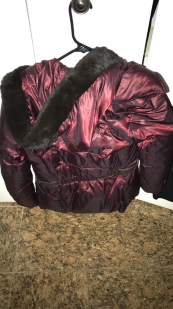 Black zip-up jacket and Red jacket both geox $25 each faux fur on red and hood no hood on black very warm and cozy haven't worn a lot brand new !!! 651eb623-a6c9-4ed0-8d5a-124d6e7a8cd0
