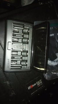 Battery charger for aa and aaa batteries Waynesville, 65583