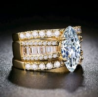gold-colored diamond ring Detroit, 48235