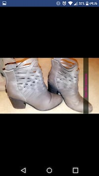pair of white leather heeled boots Wichita, 67207