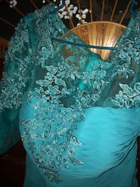 Size 18 long sequence at top teal dress Thibodaux, 70301