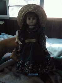 Anne Gambles porcelain doll Holly Hill, 32117