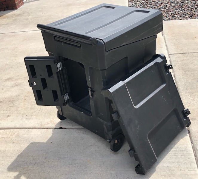 SKB Gig Rig Rack Case With mixer top and Casters 10U ac95456d-0542-4ae5-a097-497c8a760db2