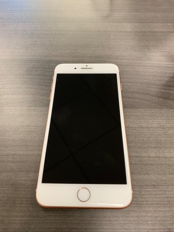 iPhone 8 Plus unlocked Gold 64gb Only one year old  Great condition bdbd88c2-6c30-4da0-b133-c443b3d3eead