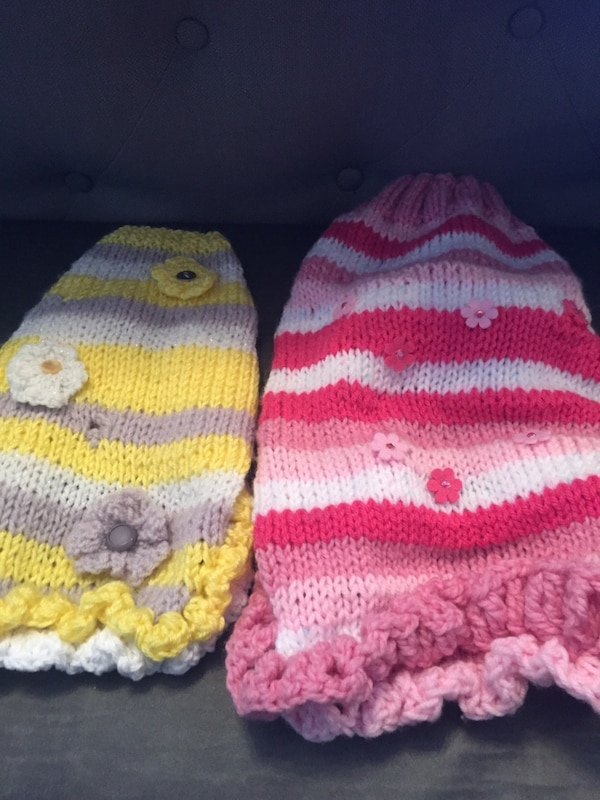 Dog sweaters with matching hat and scarf 19947830-f848-4aff-8d1b-9315e5b753c3