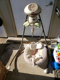 Electric baby swing Fisher price