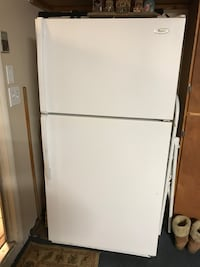 White top-mount refrigerator Fresno, 93705
