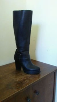 Women's Black Leather Boots Size 8.5 Calgary, T2A 3C5