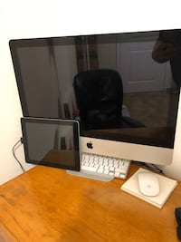 21.5 inch iMac and 16gb iPad.