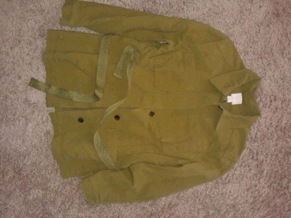H&M olive jacket with belt d22d70b1-b3c4-469e-b091-9698377d976c