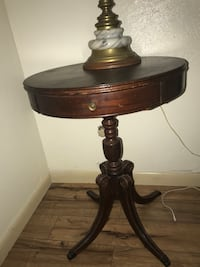 brown wooden base table lamp Pottsboro, 75076