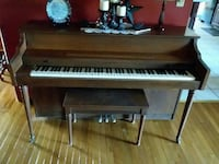 brown upright piano Beverly, 26253