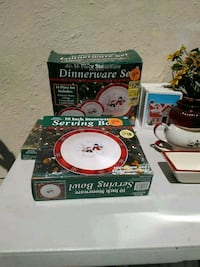 Christmas dishes set Merced, 95340