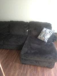 Sectional couch. Need gone IMMEDIATELY Houston, 77067