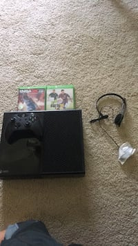 Black xbox one console with controller and game cases NO TRADES Loudon, 37774