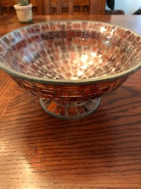 Glass fruit bowl and decorative jar home decor St Catharines, L2R 4W4
