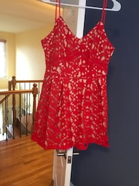 red and white floral sleeveless dress Gurnee, 60031