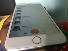 Silver iPhone 6s Plus 64 GB