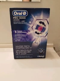 Oral-B PRO 3000 London, N6C 4J8