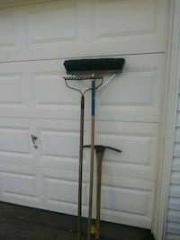 3 Gardening/Working Tools. La Vergne, 37086