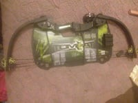 Compound bow and arrow brand new  Paradise, 95969