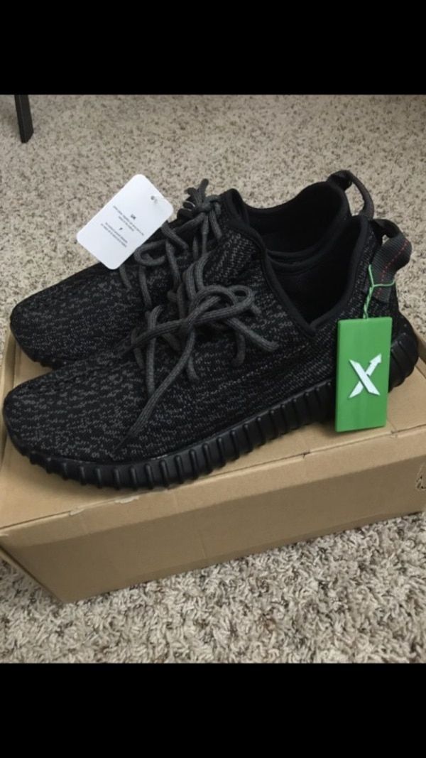 3dcef42a60288 Used Adidas Yeezy Boost 350 Pirate Black with Stockx Tag Size10 for ...